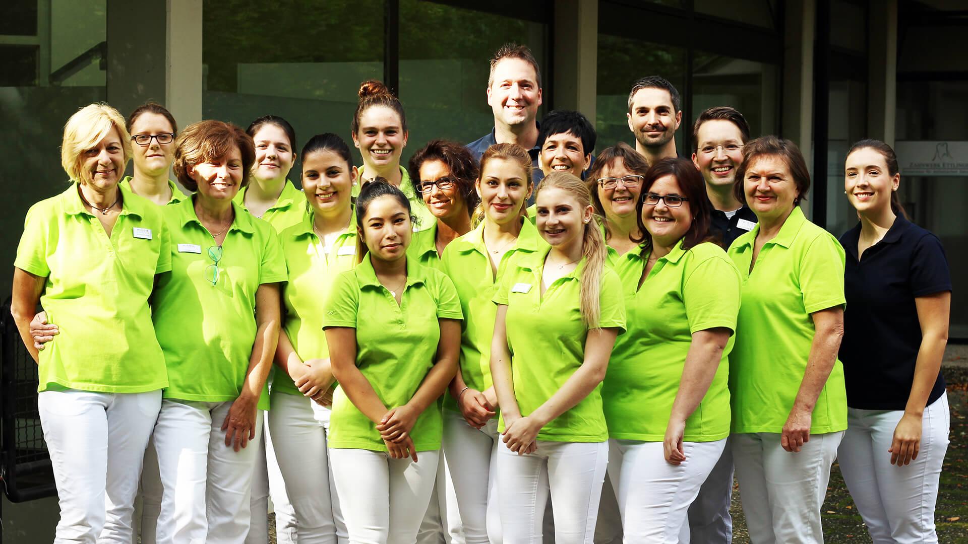 Das Team unserer Zahnarztpraxis Ettlingen